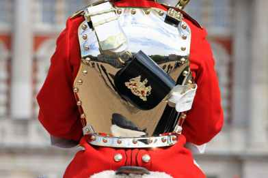 household-cavalry-soldier-mounted-royal-soldier-59822.jpeg